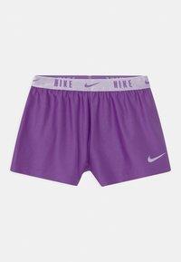 Nike Sportswear - PRACTICE PERFECT SET - Print T-shirt - wildberry - 2