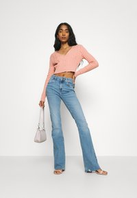 River Island - Flared jeans - light auth - 1