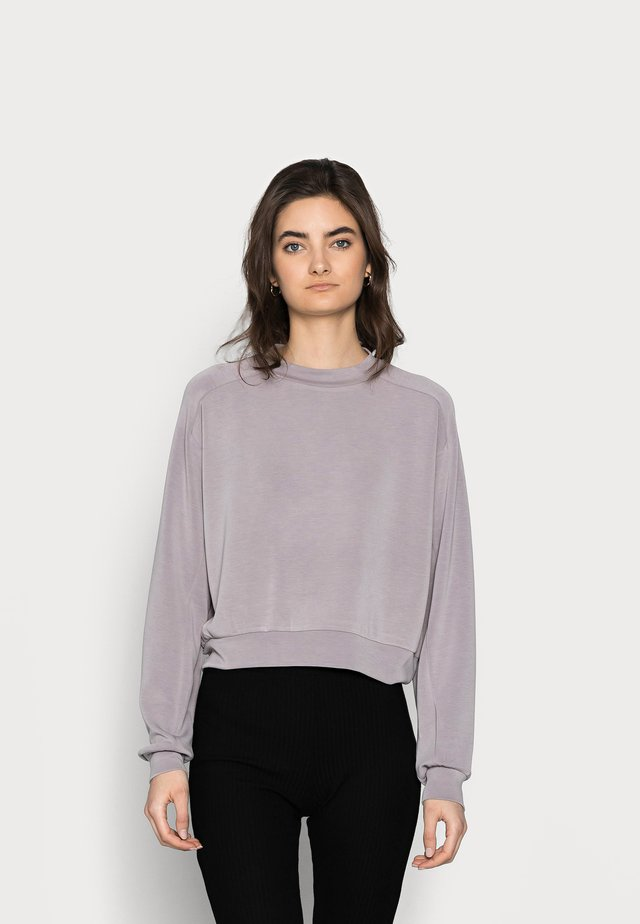 PCVIGGA CROPPED LOUNGE - Sweatshirt - dark grey