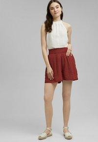 edc by Esprit - FASHION - Shorts - terracotta - 1