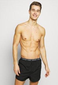 Calvin Klein Underwear - 3 PACK - Boxer shorts - black - 1