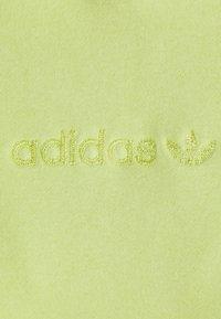 adidas Originals - HOODIE  - Mikina - semi frozen yellow - 7