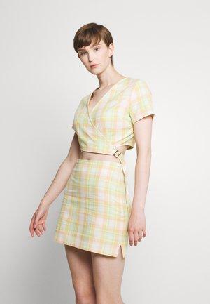FORAGE DRESS - Vestito estivo - peach/lime