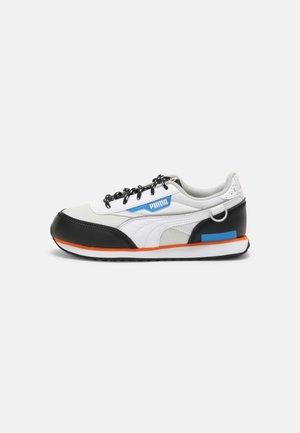 FUTURE RIDER ASTRONAUTS  - Trainers - glacier gray/future blue