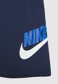 Nike Sportswear - CLUB - Kraťasy - pacific blue/green spark - 3