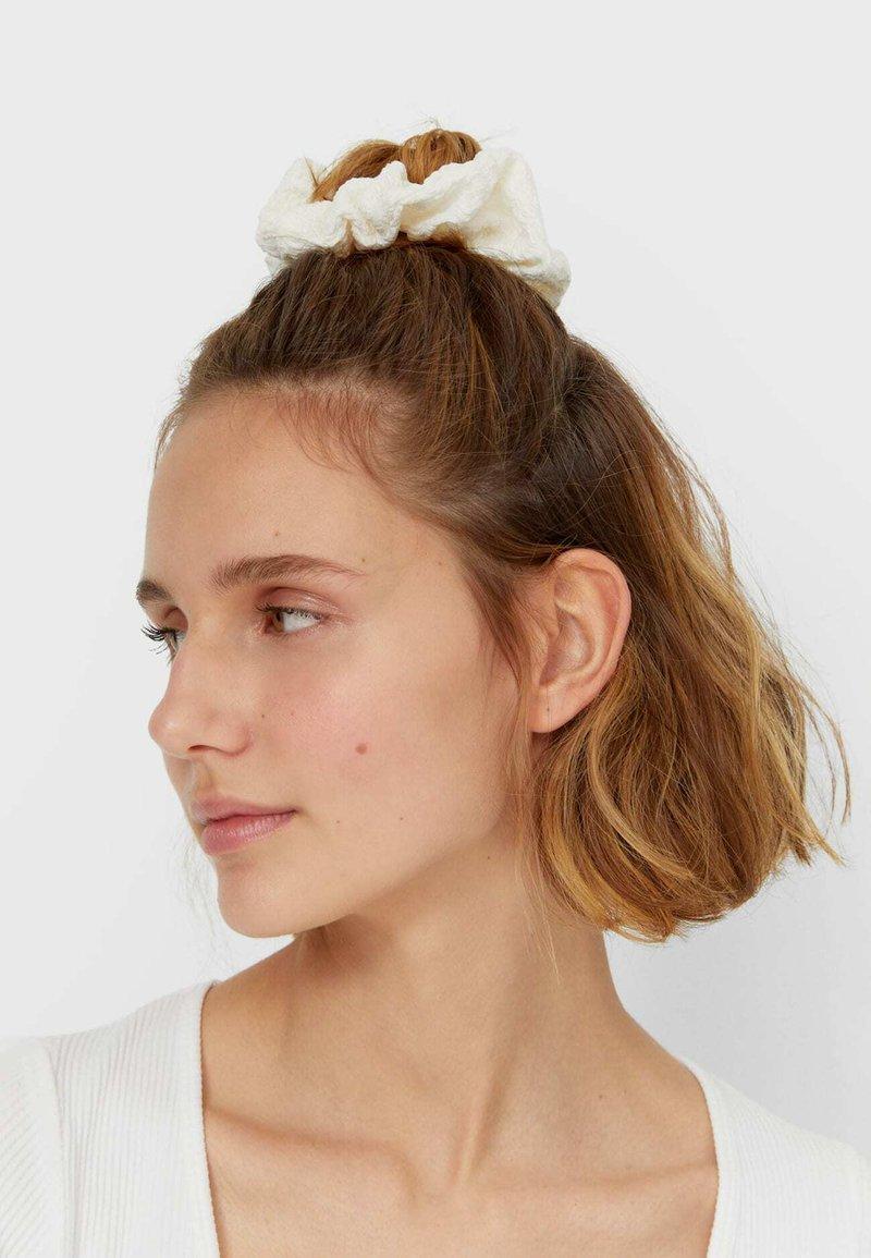 Stradivarius - 3er set - Hair styling accessory - pink