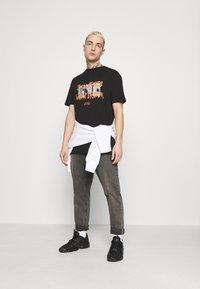 274 - DREAM TEE - Print T-shirt - black - 1