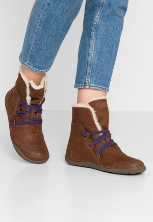 PEU CAMI - Lace-up ankle boots - brown