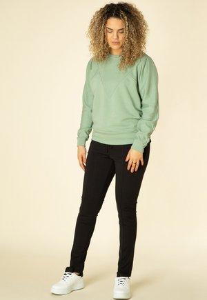 Sweatshirt - fresh green
