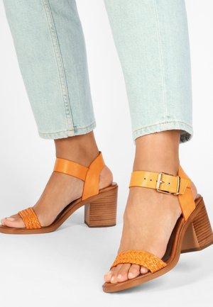 Sandals - orange org