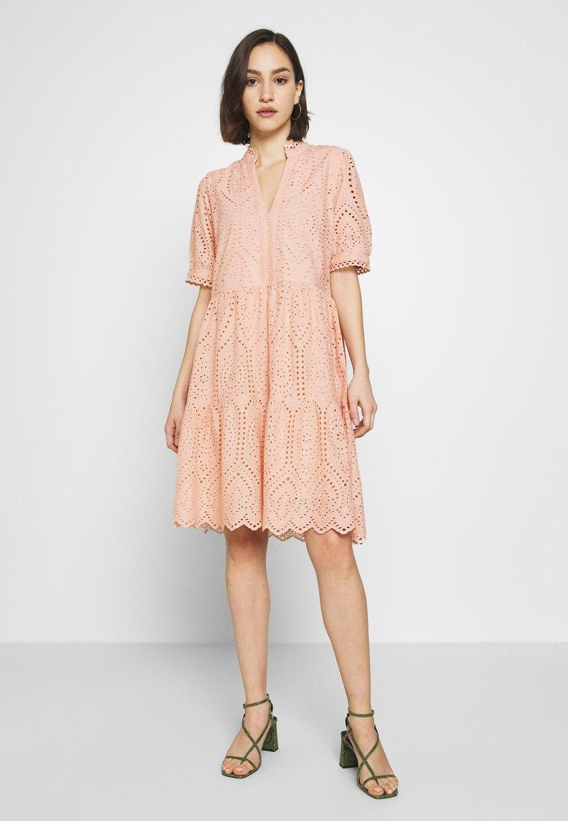 YAS - YASHOLI DRESS  - Day dress - cameo rose