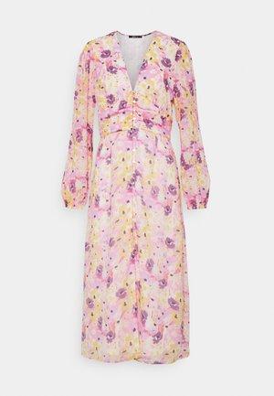 SANDRA DRESS - Day dress - pink