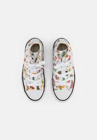 Converse - CHUCK TAYLOR ALL STAR - Zapatillas altas - white/natural ivory/black - 3