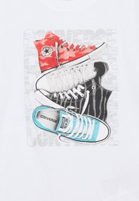 Converse - SHORT SLEEVE CHUCK TAYLOR GRAPHIC UNISEX - T-shirt con stampa - white - 2