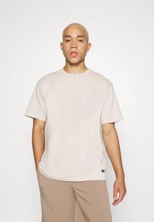 OVERSIZE PLAIN SYNERGY - T-shirts basic - siver gray