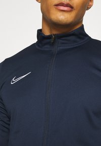 Nike Performance - DRY ACADEMY SUIT SET - Tuta - obsidian/white - 4