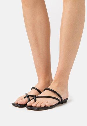 MOUNIS - T-bar sandals - black