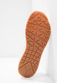 Skechers Sport - UNO - Sneakers laag - white - 6