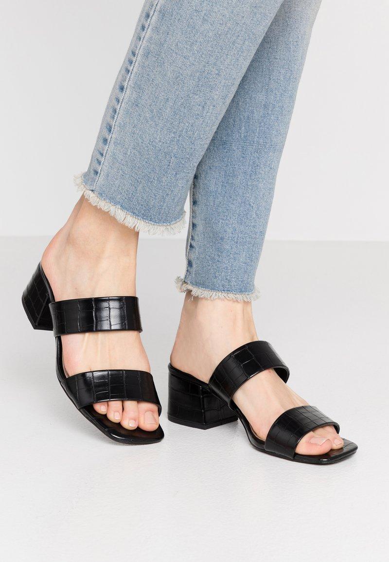 Glamorous Wide Fit - Slip-ins med klack - black