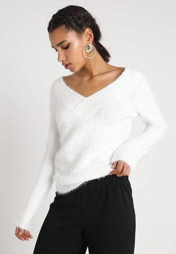 MOOP - Strikkegenser - off white