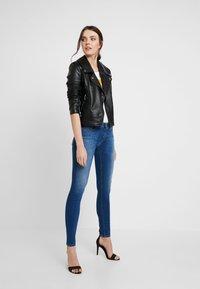 Replay - LUZ HIGH WAIST - Jeans Skinny Fit - medium blue - 1