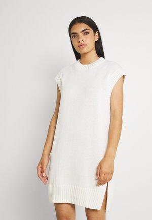 LISA DRESS - Neulemekko - warm white