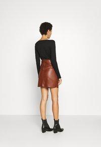 Esqualo - SKIRT FANCY WAISTBELT - Mini skirt - brown - 2