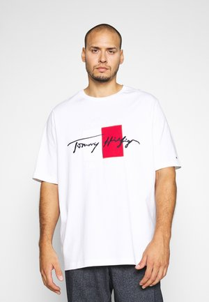 BOX SIGNATURE TEE - T-shirt z nadrukiem - white