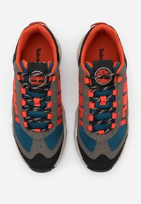 Timberland - RIPCORD SNEAKER LOW - Trainers - rust/blue - 3