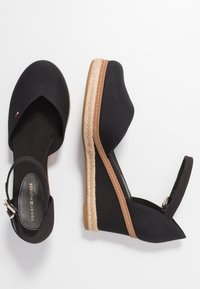 Tommy Hilfiger - BASIC CLOSED TOE MID WEDGE - Zeppe - black - 3