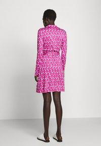Diane von Furstenberg - NEW JEANNE  - Vapaa-ajan mekko - pink - 2