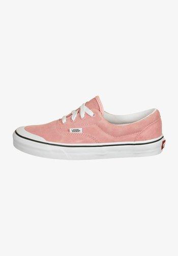 ERA TC - Trainers - pink icing/true white