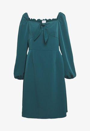 SQUARE NECK DRESS - Robe d'été - green