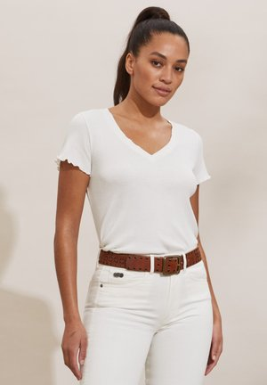 LYNDA - Basic T-shirt - light chalk