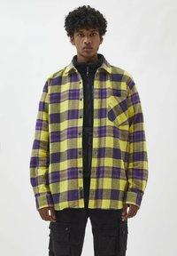 PULL&BEAR - Shirt - yellow - 0