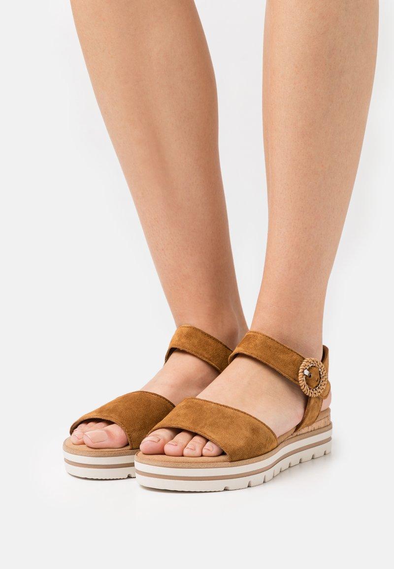 Gabor Comfort - Platform sandals - camel