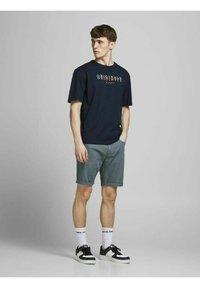 Jack & Jones - Print T-shirt - navy blazer - 1
