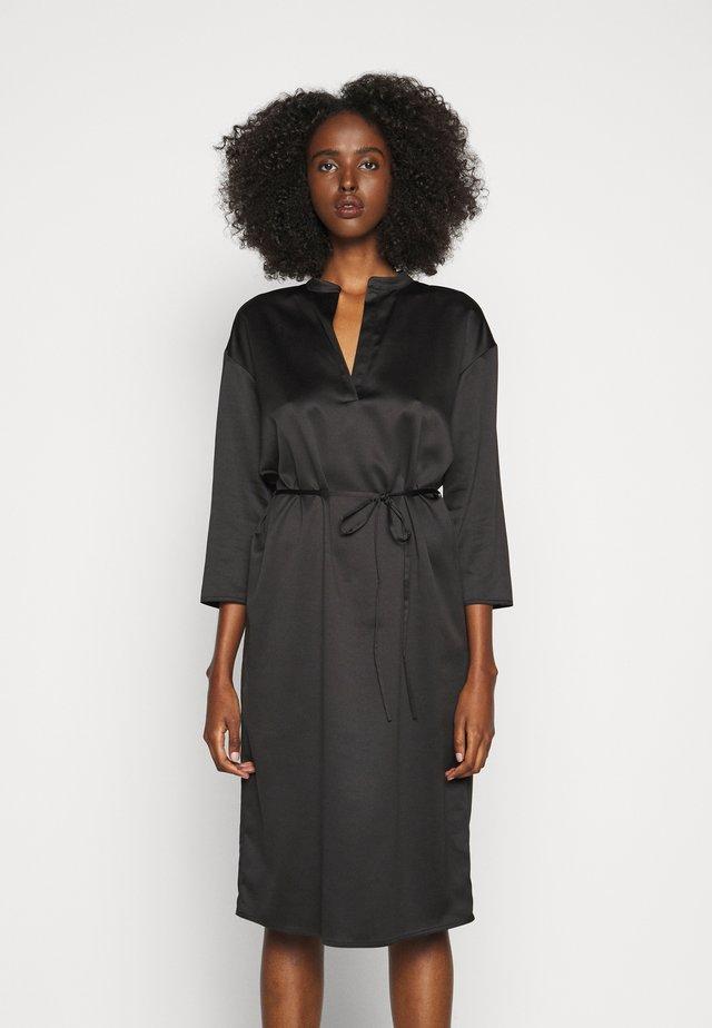 ORCA - Korte jurk - schwarz