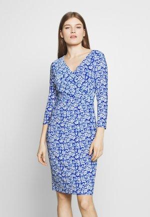 PRINTED MATTE DRESS - Jerseyklänning - regal sapphire