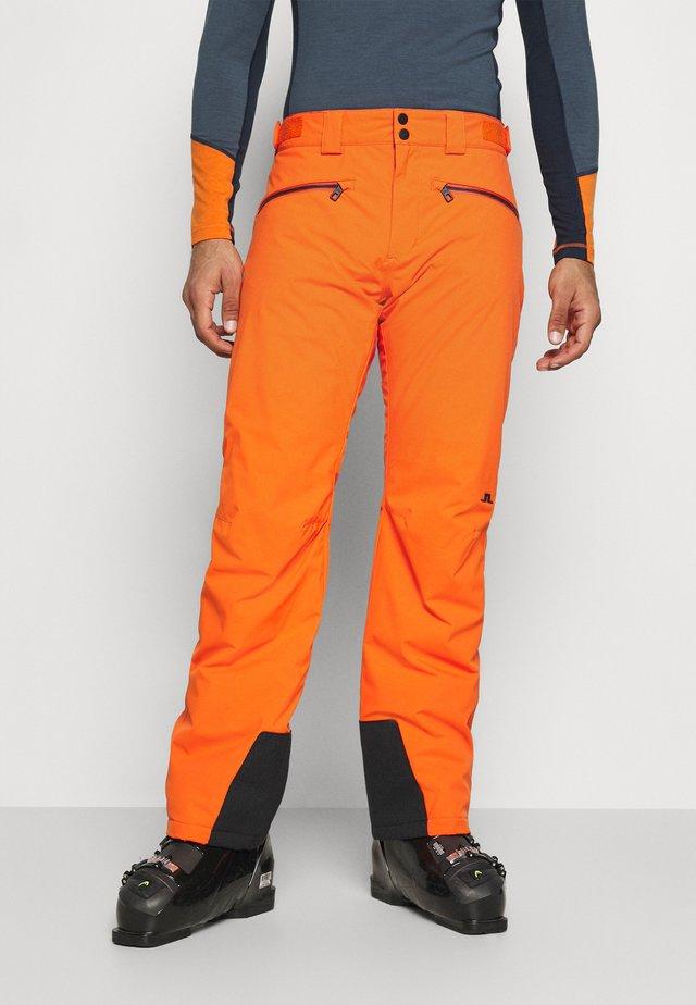 TRUULI SKI PANT - Zimní kalhoty - juicy orange