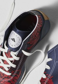 adidas by Stella McCartney - ADIDAS BY STELLA MCCARTNEY TREINO MID-CUT PRINT SHOES - Sneakers alte - blue - 8