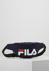 Fila - WAIST BAG SLIM - Ledvinka - black iris - 0