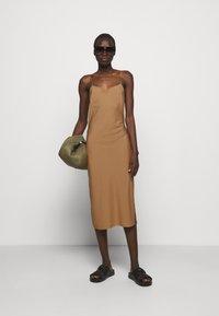 DESIGNERS REMIX - VALERIE STRAP DRESS - Cocktail dress / Party dress - camel - 1