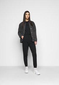 Even&Odd Tall - Jumpsuit - black - 1