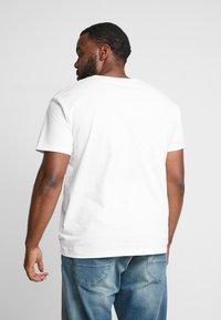 GANT - SHIELD - Camiseta estampada - eggshell - 2