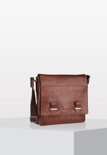 SUTTON  SVF - Across body bag - cognac