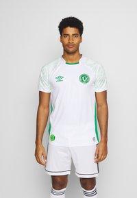 Umbro - CHAPOCOENSE AWAY - Club wear - white/green - 0