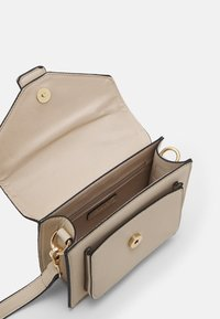 ONLY - ONLRIA CROSSOVER BAG - Across body bag - humus - 2