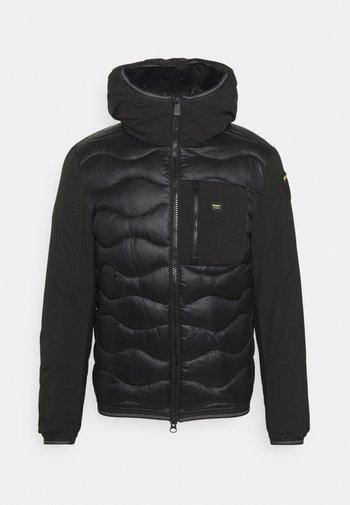 MATMIX HOOD - Zimní bunda - black