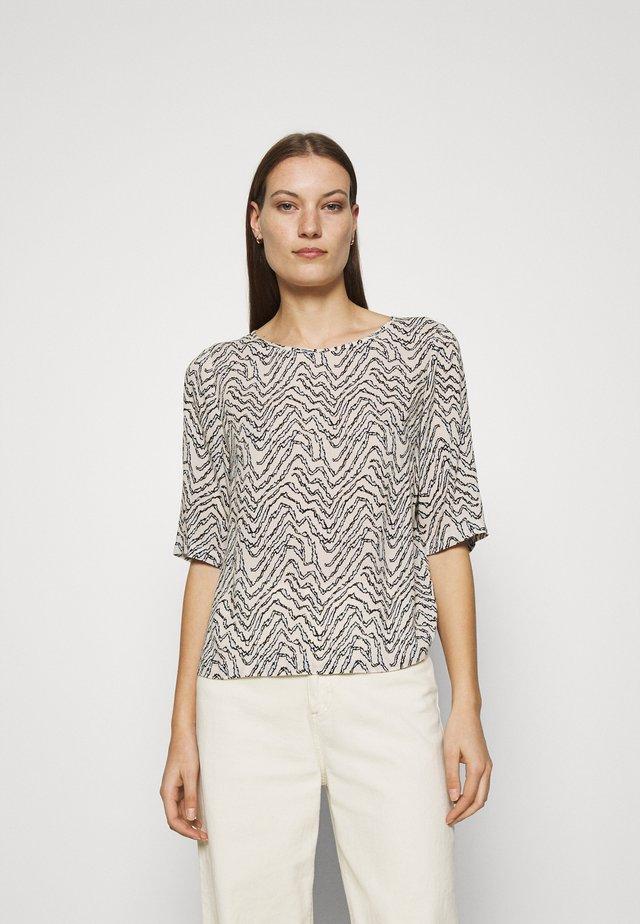 CERISE TOP - T-shirt à manches longues - crystal botanical